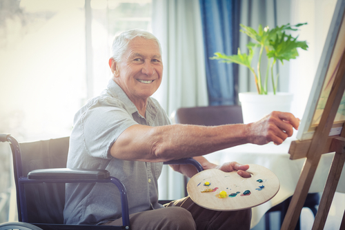 man senior art therapy